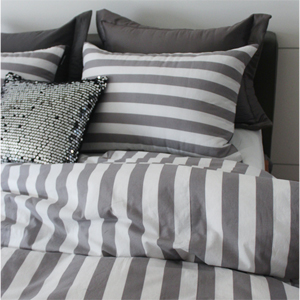 Mono stripe gray bedding set