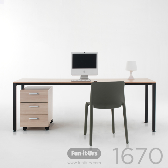 F1DESK 1670 NATURAL_BLACK
